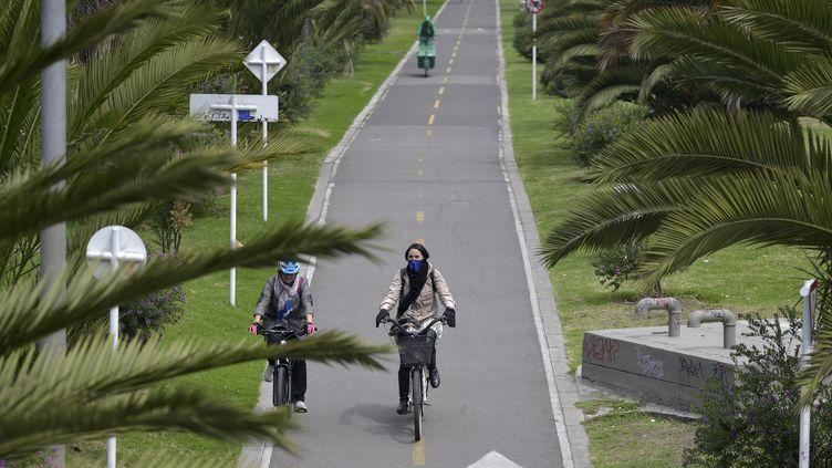 Une piste cyclable à Bogota (Colombie) le 13 mars 2020 (RAUL ARBOLEDA / AFP)