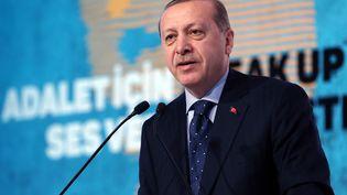 Le président turcRecep Tayyip Erdogan lors d'un discours au second Sommet international des femmes et de la justice, le 25 novembre 2016. (TURKISH PRESIDENCY / MURAT CETIN / ANADOLU AGENCY)