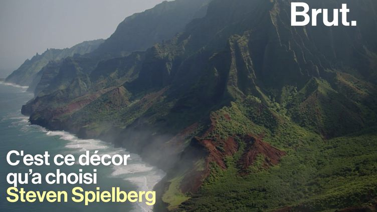 VIDEO. À Hawaii, les côtes de Nā Pali offrent des paysages à couper le souffle (BRUT)