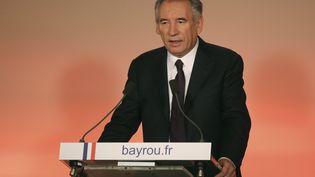 Le président du MoDem, François Bayrou, lors d'une conférence de presse à Paris, le 22 février 2017. (JACQUES DEMARTHON / AFP)