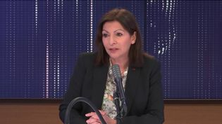"""Anne Hidalgo, maire (PS) de Paris,était l'invitée du """"8h30 franceinfo"""", lundi 8février 2021. (FRANCEINFO / RADIOFRANCE)"""