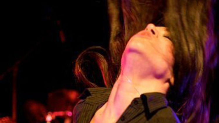 (Sarah Layssac, du groupe Arkan, ex-chanteuse du groupe The Outburst © Radio France/Hélène Lam Trong)