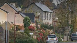 Ille-et-Vilaine : un village privé de téléphone et internet depuis près d'un mois (France 2)