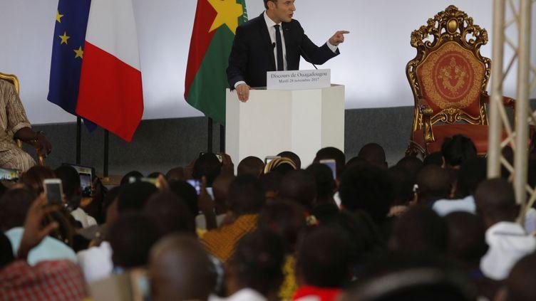 Le chef de l'Etat, Emmanuel Macron, pendant son discours à Ouagadougou (Burkina Faso), le 28 novembre 2017. (PHILIPPE WOJAZER / X00303)