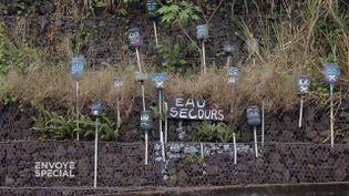 """Envoyé spécial. Coupures, """"tours d'eau"""", réseau défaillant... la Guadeloupe appelle """"eau secours"""" (ENVOYÉ SPÉCIAL  / FRANCE 2)"""