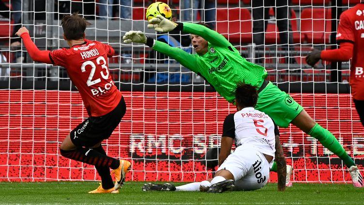 Jonas Omlin, le gardien de Montpellier. (DAMIEN MEYER / AFP)
