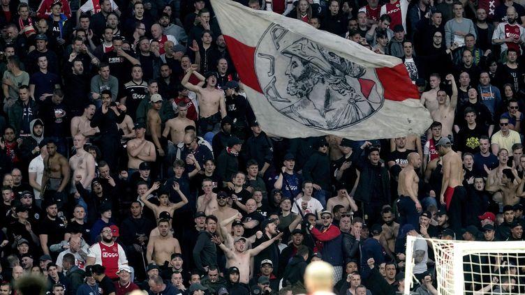Des supporters de l'Ajax au stade Johan Cruijff assistent au match Ajax contre Tottenham à Amsterdam, le 8 mai 2019. (SOCCRATES IMAGES / GETTY IMAGES EUROPE)