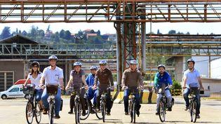A l'usine Rhodia de Saint-Fons (Rhône), des vélos sont mis à la disposition du personnel afin de se déplacer, dans le cadre du développement durable. (MAXPPP)