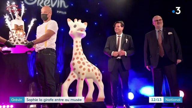 Jouet : Sophie la girafe entre au musée Grévin