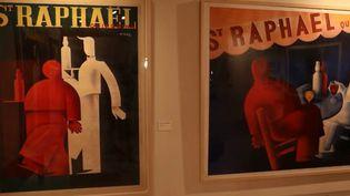 Publicités pour l'apéritif Saint-Raphaël, peintes par Charles Loupot. (FRANCE 3)
