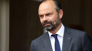 Le Premier ministre, Edouard Philippe, sur le perron de Matignon, le 13 juin 2019, à Paris. (LUDOVIC MARIN / AFP)