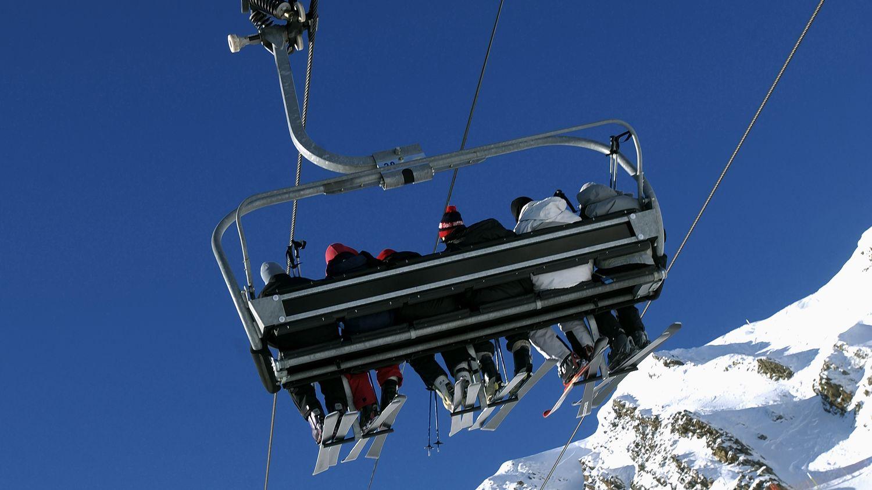 """Ouverture des stations de ski à Noël: Matignon rendra sa décision """"dans les dix prochains jours"""""""