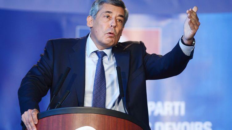 Henri Guaino lors d'un congrès de l'UMP, àSamoens (Haute-Savoie), le 15 septembre 2012. (PHILIPPE DESMAZES / AFP)