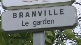 Covid-19 : les derniers Français rapatriés de Wuhan confinés en Normandie (FRANCE 3)