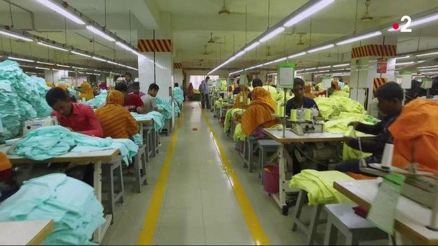 Vêtements : bientôt une note environnementale sur les étiquettes