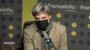 """Nicolas Vescovacci, journaliste et coauteur avec Jean-Pierre Canet de""""Vincent tout puissant""""aux éditions JC Lattès. (FRANCEINFO / RADIO FRANCE)"""