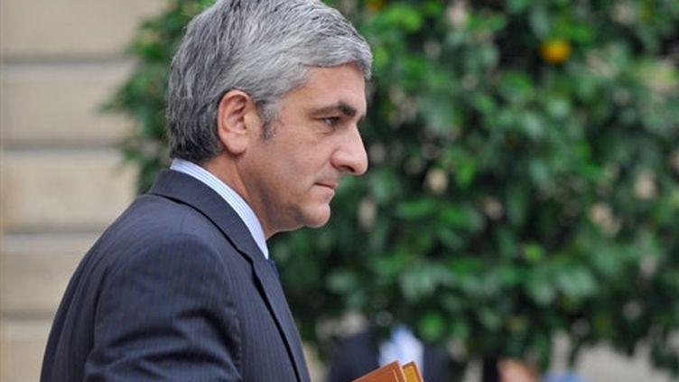 """Le président du Nouveau Centre, Hervé Morin, estime que """"le soupçon mine la démocratie"""". (AFP/GERARD CERLES)"""
