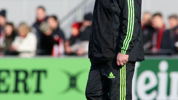 L'un des entraîneurs de Munster, Anthony Foley, lors d'une rencontre contre Saracens, à Hendon, en Angleterre, le 17 janvier 2016. (JAMES MARSH / BACKPAGE IMAGES LTD / AFP)