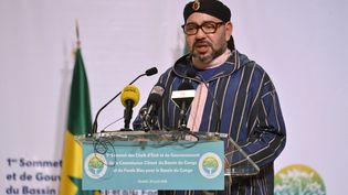 Le roi du Maroc Mohammed VI lors d'un sommet à Brazzaville (Congo), le 29 avril 2018. (LAUDES MARTIAL MBON / AFP)