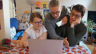 Il faudra désormais une autorisation pour faire l'école à ses enfants à la maison. Illustration (LILY FRANEY / GAMMA-RAPHO / GETTY IMAGES)