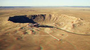 Le Meteor Crater, dans le Nord de l'Arizona, a été provoqué par l'impact d'un astéroïde, il y a 50 000 ans. (STEFAN SEIP / AFP)