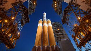 La fusée transportant la sonde Parker, le 11 août 2018 à Cap Canaveral (Floride). (BILL INGALLS / NASA / AFP)