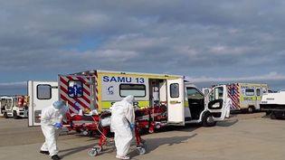 Covid-19 : les hôpitaux de Marseille débordéspar la quatrième vague (France 2)