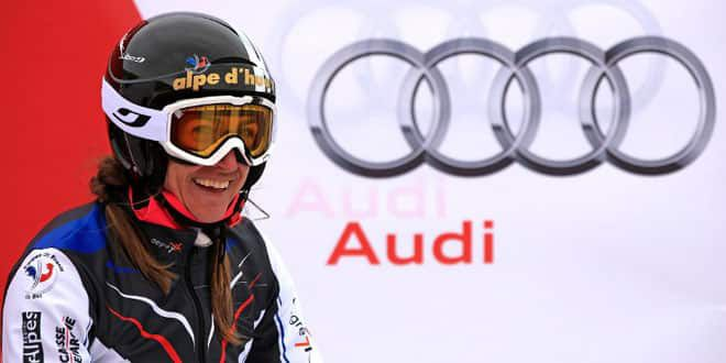 La skieuse Ophélie David pourrait succèder à Carole Montillet, dernière athlète féminine à avoir porté le drapeau tricolore à Salt Lake City en 2002.