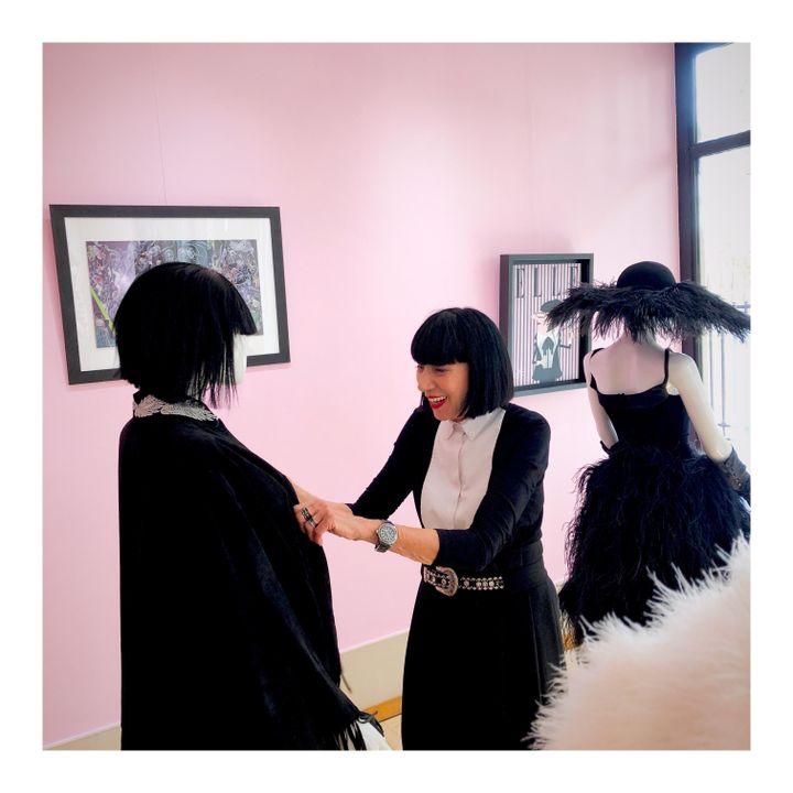 """La créatrice Chantal Thomass installe son exposition """"Personal Dressing"""" à la Joyce Gallery à Paris, sepetmebr e2019 (JOYCE GALLERY)"""