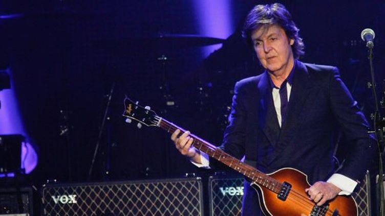 Paul McCartney sur scène à New York en juin 2013.  (Janette Pellegrini / Getty Images North America /AFP)