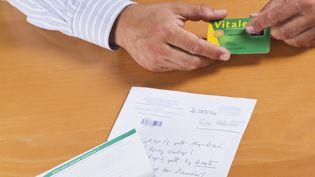 Un accord a été conclu entre représentants des médecins, de l'assurance-maladie et des complémentaires santé,le 23 octobre 2012. (NATHAN ALLIARD / PHOTONONSTOP / AFP)