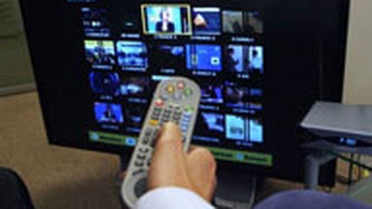 Le temps passé devant le petit écran continue sa progression. (AFP - T. Coex)