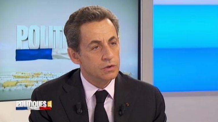Le président candidat Nicolas Sarkozy, le 19 mars 2012, sur La 1ère. (FTVI / RFO)