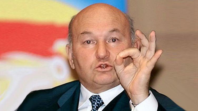 Le maire de Moscou Iouri Loujkov, le 15 octobre 1999. (AFP/SERGEY CHIRIKOV)