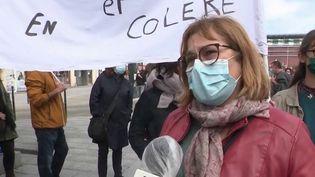 Coronavirus : en grève, les enseignants expriment leur colère (France 3)