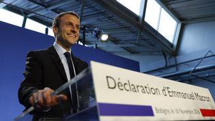 Emmanuel Macron annonce sa candidature à l'élection présidentielle, le 16 novembre 2016, à Bobigny (Seine-Saint-Denis). (PATRICK KOVARIK / AFP)