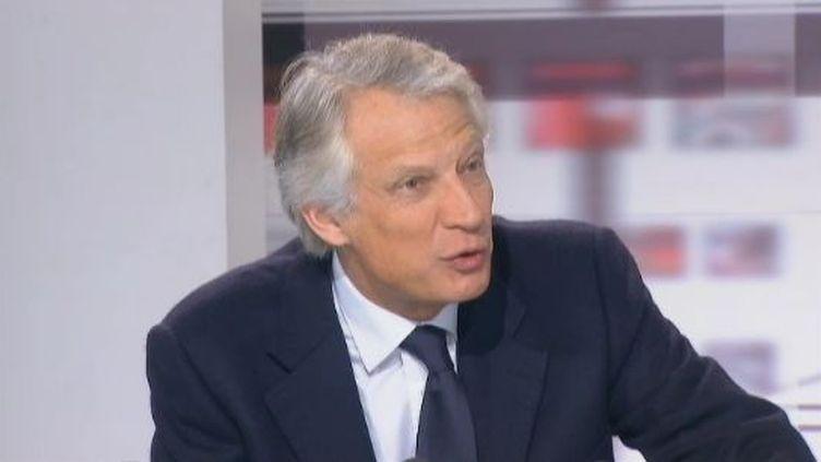 """Dominique de Villepin, candidat de République solidaire à la présidentielle,le 16 février 2012 aux """"4 vérités"""", sur France 2. (FTVI / FRANCE 2)"""