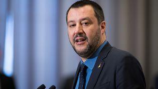 Le vice-Premier ministre italien Matteo Salvini lors d'une conférence de presse à Varsovie (Pologne), le 9 janvier 2019. (MATEUSZ WLODARCZYK / NURPHOTO / AFP)