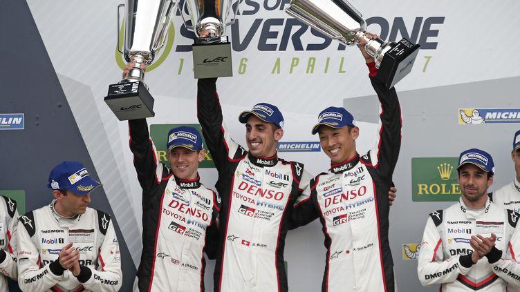 Le trio Buemi-Davidson-Nakajima (Toyota TS050 Hybrid) (JEAN MICHEL LE MEUR / DPPI MEDIA;JEAN MICHEL LE MEUR)