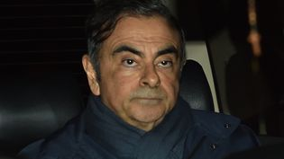 Carlos Ghosn sortant de chez son avocat à Tokyo le 3 avril 2019. (KAZUHIRO NOGI / AFP)