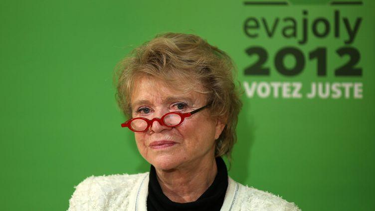 La candidate écologiste à la présidentielle, Eva Joly, tient une conférence de presse à Paris, le 24 janvier 2012. (THIERRY CHESNOT / SIPA)