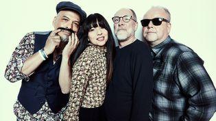 Les Pixies en avril 2019. De gauche à droite : Joey Santiago, Paz Lenchantin, David Lovering et Black Francis. (TRAVIS SHINN)