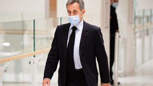 Nicolas Sarkozy au tribunal correctionnel de Paris, lundi 1er mars 2021. (MARTIN BUREAU / AFP)