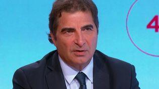 """Christian Jacob, président des Républicains, était l'invité des """"4 Vérités"""" de France 2, jeudi 21 octobre. (CAPTURE ECRAN FRANCE 2)"""