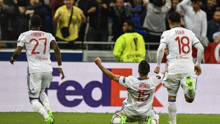 Jérémy Morel donne la victoire à Lyon contre Besiktas (JEFF PACHOUD / AFP)