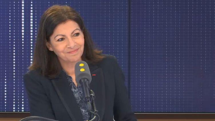 """Anne Hidalgo, maire PS de Paris, invitée du """"8h30 franceinfo"""" jeudi 30 janvier 2020. (FRANCEINFO / RADIOFRANCE)"""