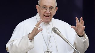 Le pape François, dans une université publique de Rome (Italie), le 17 février 2017. (TIZIANA FABI / AFP)