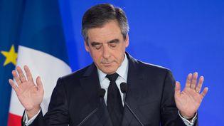 François Fillon, le 23 avril 2017, lors de son discours le soir du premier tour, au siège de sa campagne électorale comme candidat des Républicains. (THIERRY ORBAN / GETTY IMAGES)
