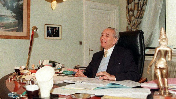 Didier Borotra, maire de Biarritz dans son bureau. ( MAXPPP )