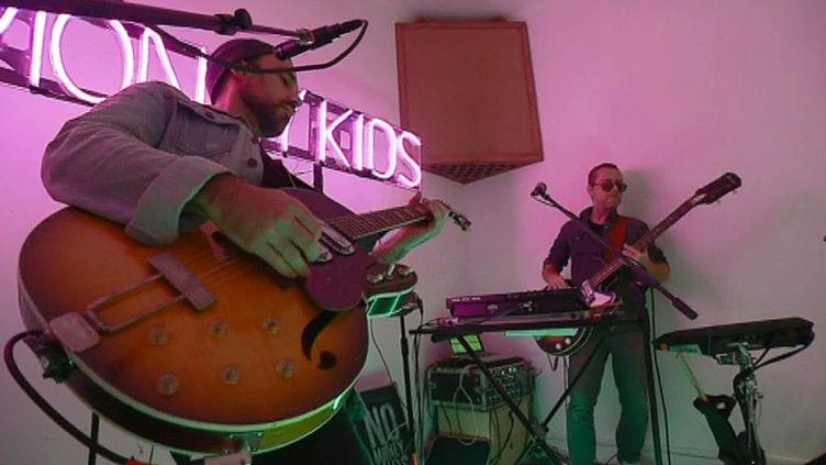 No Money Kids dans leur studio d'Argenteuil  (France 3 / Culturebox)